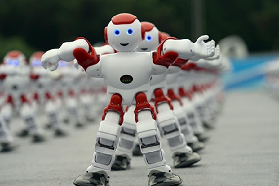 千台机器人青岛啤酒节共舞